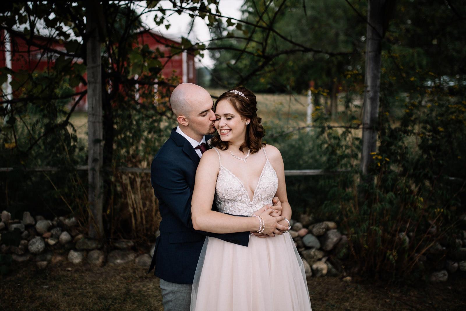 Blue Sky Barn Wedding | Ashley + Ryan | By Anna